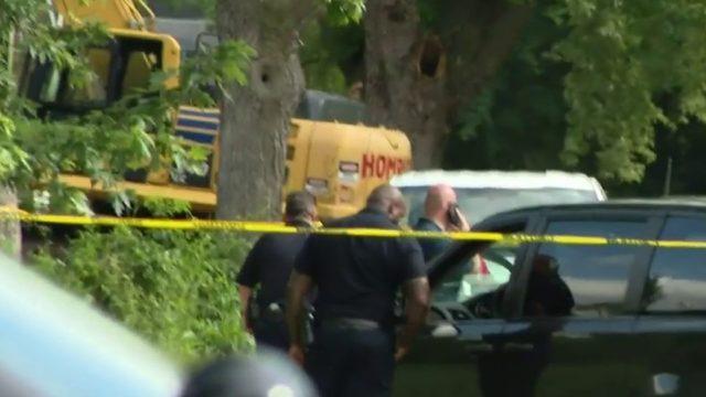Witnesses say car intentionally ran down man in Detroit, killing him