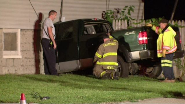 Man dies after crashing into Eastpointe home
