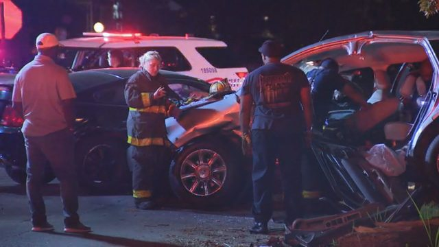 6 injured when car fleeing police fails to yield, crashes into vehicle…