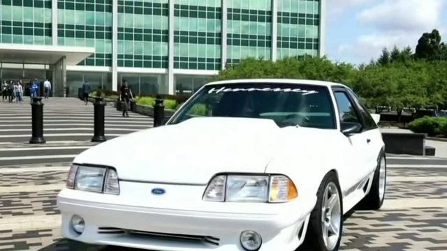 Man gets beloved Ford Mustang back 14 years after selling it to pay for…