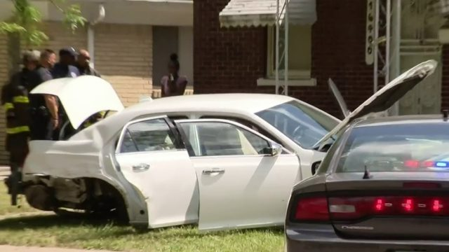 Detroit police investigating drive-by shooting, crash, in area where…