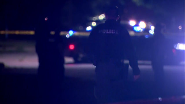 Detroit police investigating triple shooting that left 1 dead, 2 injured