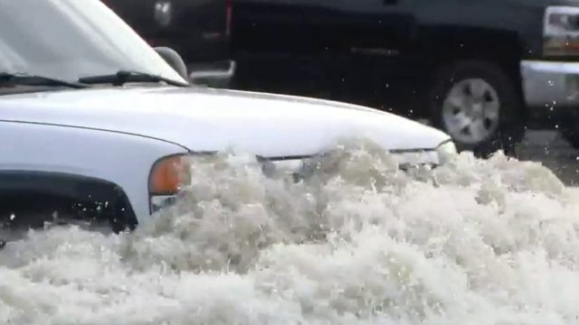 Heavy rains Monday night cause major flooding in Macomb County