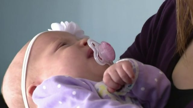 More pediatricians offering house calls to help ease stress for new parents