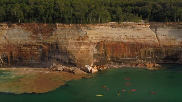 VIDEO: Kayakers escape injury as cliff collapses at Pictured Rocks