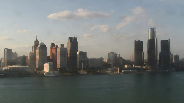 Metro Detroit weather: Warm Friday evening, showers and storms overnight