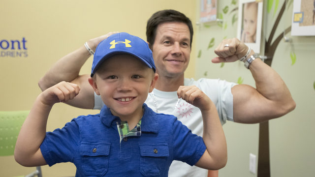 Mark, Paul Wahlberg visit children at hospital before stopping by new…