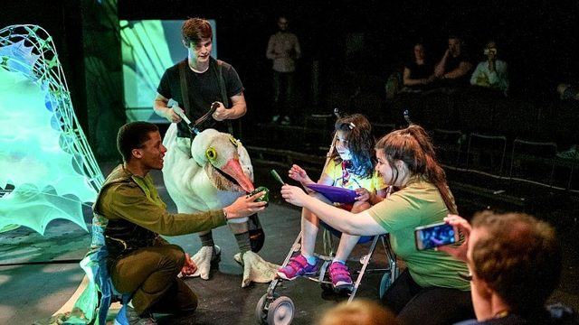 Faculty from U-M, MSU work together to create autism-friendly theater…