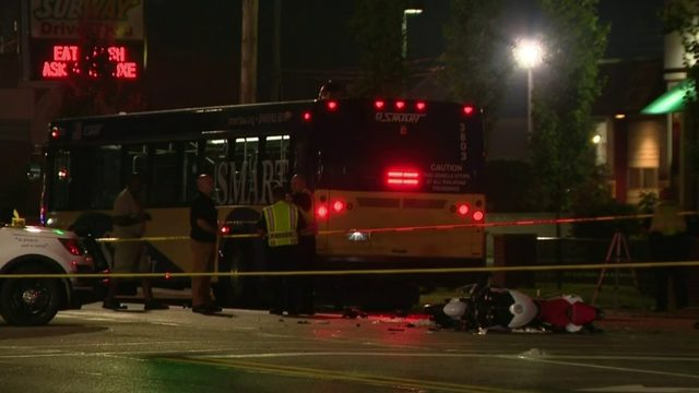 Westland man dies after crashing motorcycle into bus while fleeing police