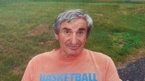 Police search for man with dementia who walked away from nursing home in Livonia