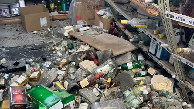 Bulldozer used to break into Detroit party store and steal liquor