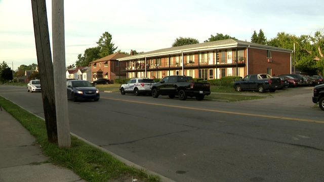 Detroit mother charged after 18-day-old infant found dead in bathtub