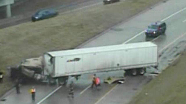 MDOT: Southbound I-75 at I-96 back open in Wayne County after jackknifed…