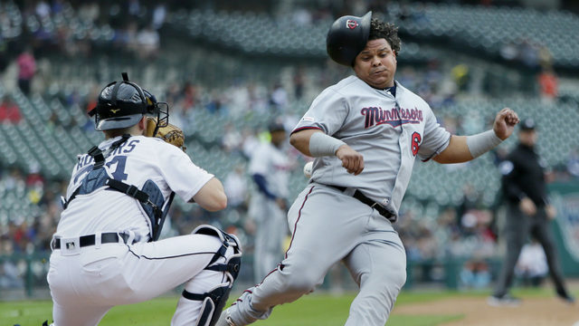Homer-happy Twins win without a long ball, beat Tigers 8-3