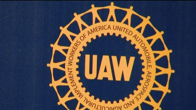 UAW to let GM contract lapse, raising likelihood of strike
