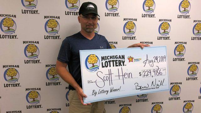 Michigan Lottery: Family didn't believe man who won $230K Fantasy 5 jackpot