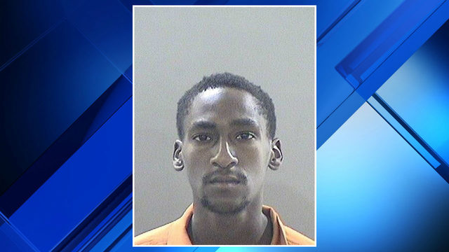 Ecorse man accused of shooting at Detroit police officers, robbing woman…