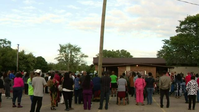 Community gathers to remember man killed while house hunting in Inkster