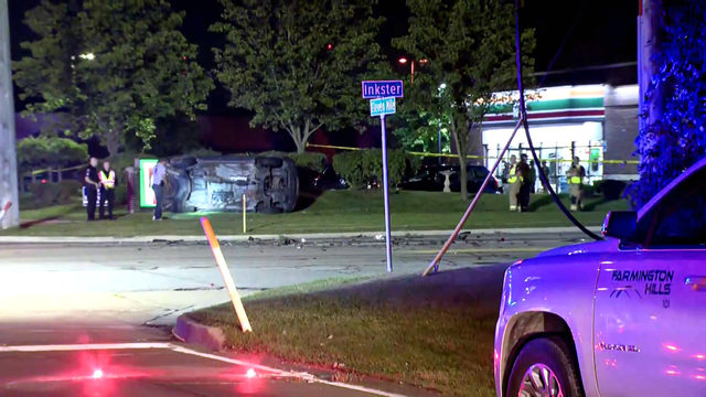 Deadly rollover collision in Farmington Hills closes intersection of 11…
