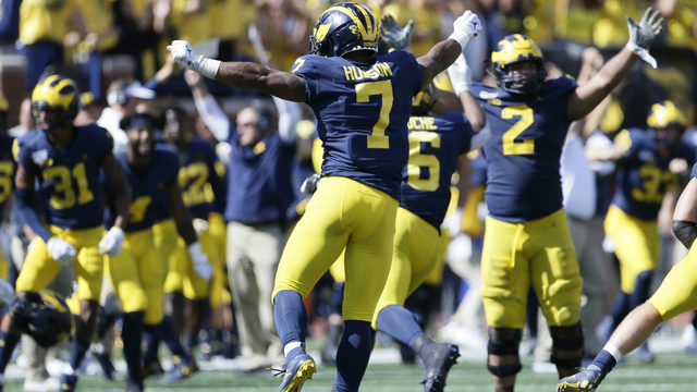 Can Michigan football slow down red-hot Wisconsin offense?