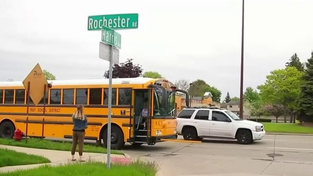 Video shows Metro Detroit drivers ignore school bus safety