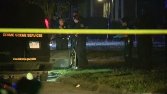 Man shot inside car on Pinehurst Street in Detroit