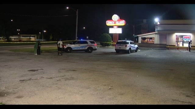 Deadly hit-and-run at 8 Mile Grill on Detroit's west side