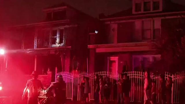 6 people hurt in house fire in SW Detroit