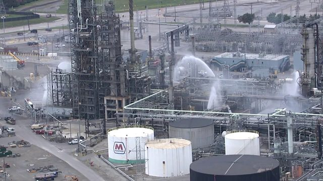 Leak at Marathon Refinery in Detroit contained, officials say
