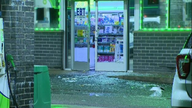 Clerk injured, ATM stolen from gas station in Southwest Detroit