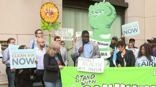 Southwest Detroit residents call for Marathon Refinery to shut down after leak