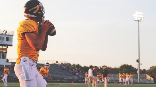 Live updates: Metro Detroit high school football scores