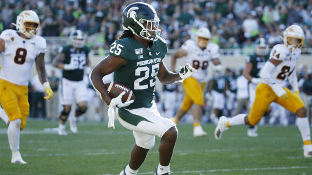 Pac-12 acknowledges officiating error in Michigan State's loss