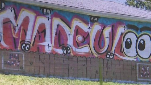 Garage-door mural in Warren sparks debate