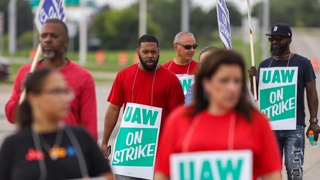 UAW-GM strike: Follow live updates
