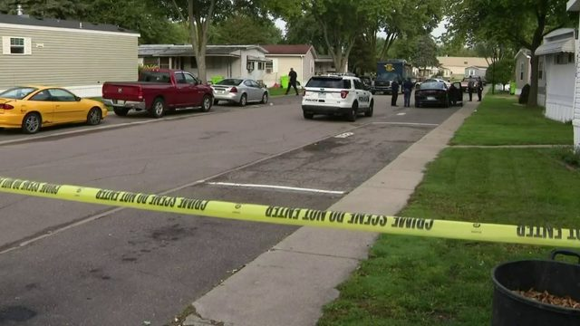 Sterling Heights police shoot armed man at mobile home park