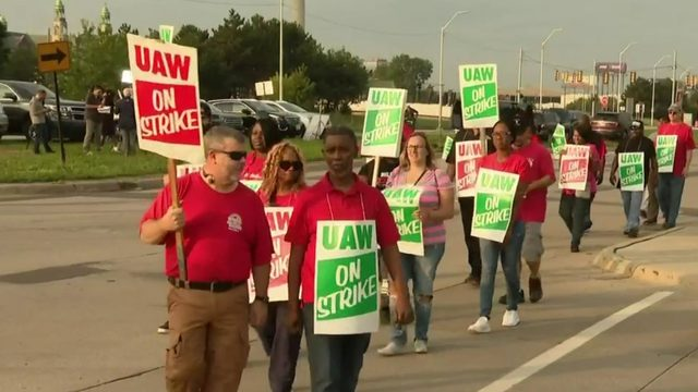 Negotiations between General Motors and UAW continue as workers strike…