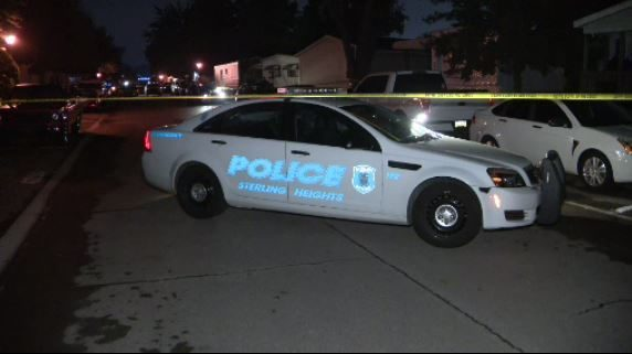 Man shot by Sterling Heights polce at mobile home park