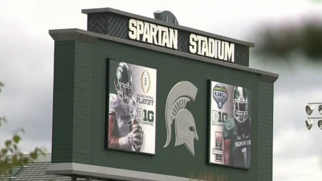 Lawsuit: MSU football coach Mark Dantonio warned about signing recruit…
