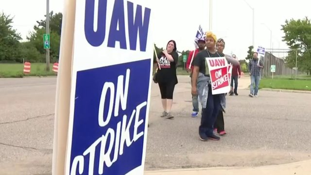 Day 4 of UAW-GM strike: Where negotiations stand