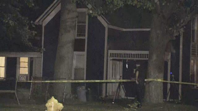 Police: Man breaks into Mount Clemens home, kills ex-girlfriend's…