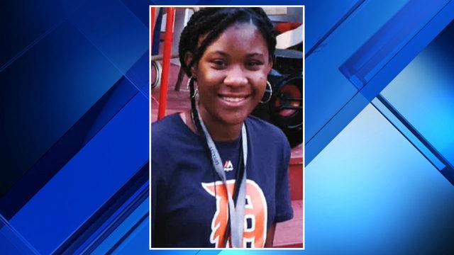 Detroit police seek missing 16-year-old girl last seen before school Friday