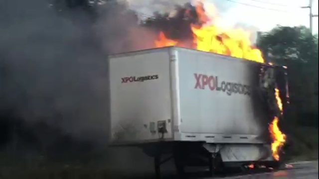 VIDEO: Trailer fire snarls traffic on I-696 near Farmington Hills