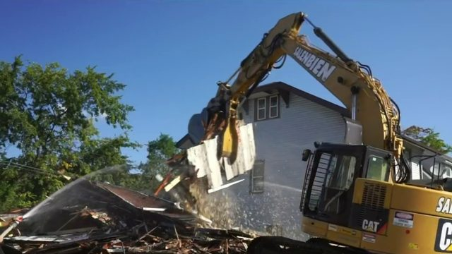 Dangerous, blighted Detroit home demolished following Help Me Hank report