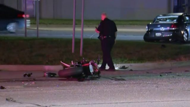 Motorcyclist killed in high-speed crash on Detroit's east side