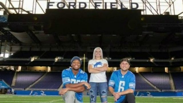 Student from Trenton takes senior pictures with Lions players