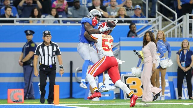 Lions fight back, but 3rd-quarter fumbles cost them against Chiefs