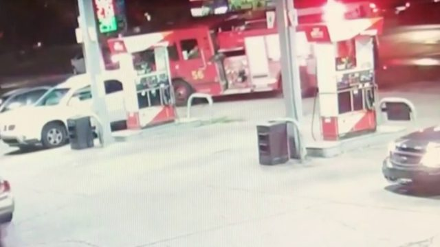 Video shows Detroit fire truck crash into pole at gas station