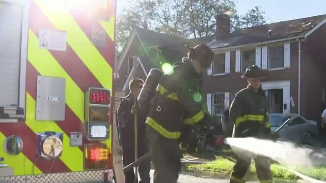 House fire on Detroit's east side injures 4