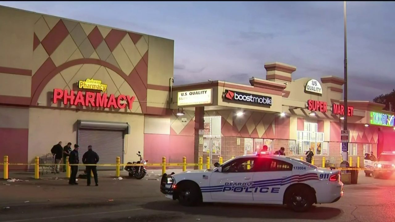 Image result for Detroit grocery store security guard involved in double shooting